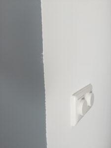 slecht schilderwerk muur hoek
