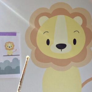 muurschildering babykamer leeuw