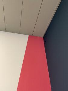 kleur strak op de muur krijgen