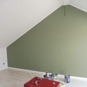 groene muur schilderen